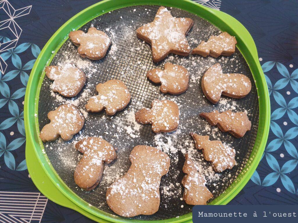 Biscuits sablés à la cannelle fourrés pâte à tartiner
