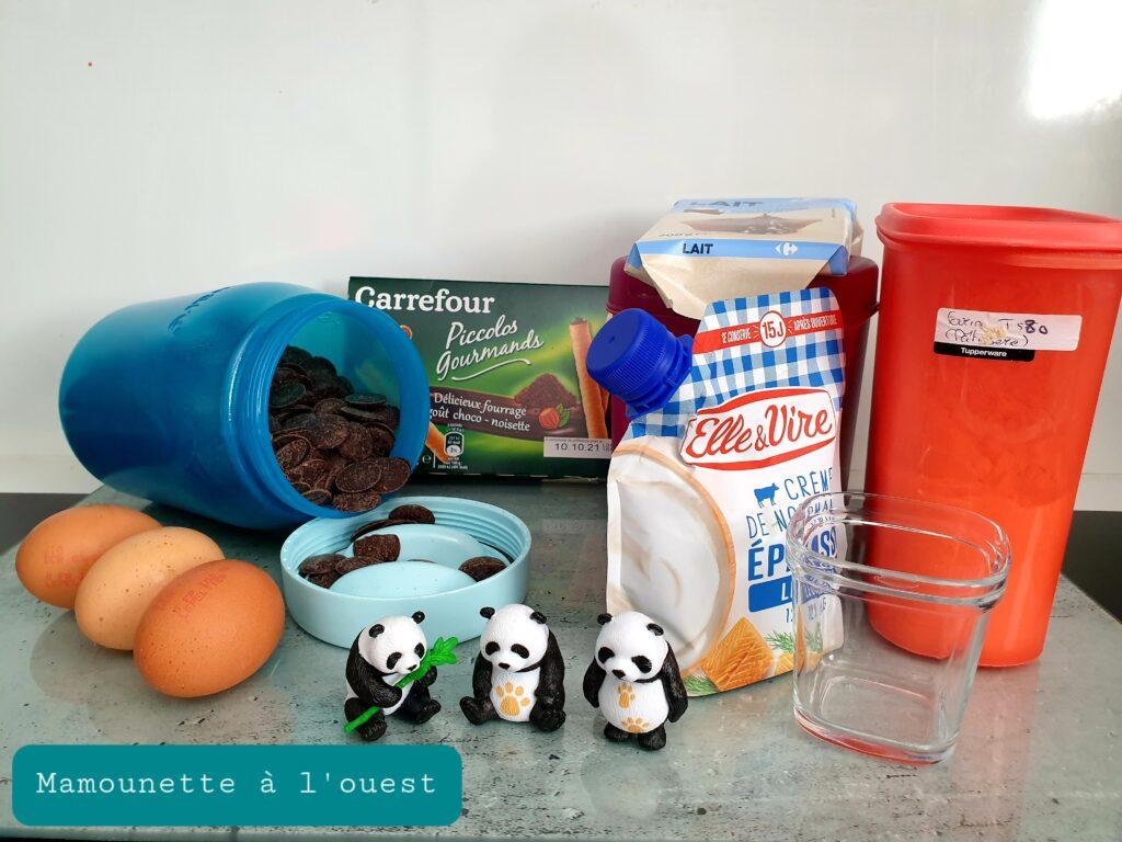 Une partie des ingrédients pour le gâteau Panda.